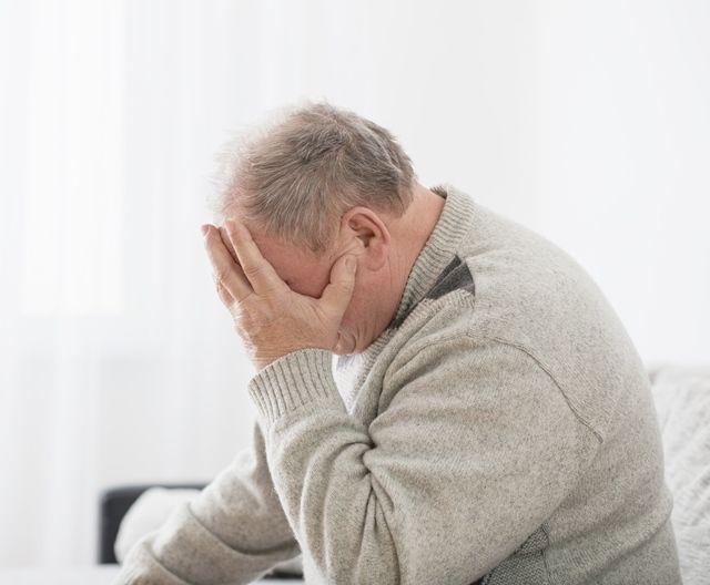 Нарушения в работе иммунной системы у пожилого мужчины