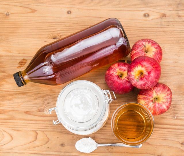 Яблочный уксус от папиллом и кондилом