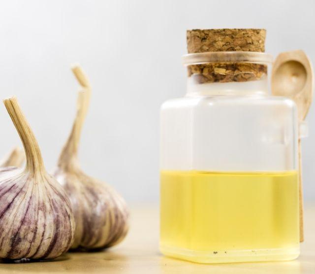 Сок чеснока для лечения папиллом под мышкой