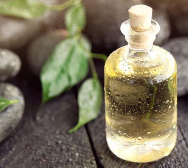 Отзывы о масле чайного дерева от папиллом