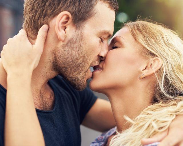 Передача ВПЧ через поцелуй