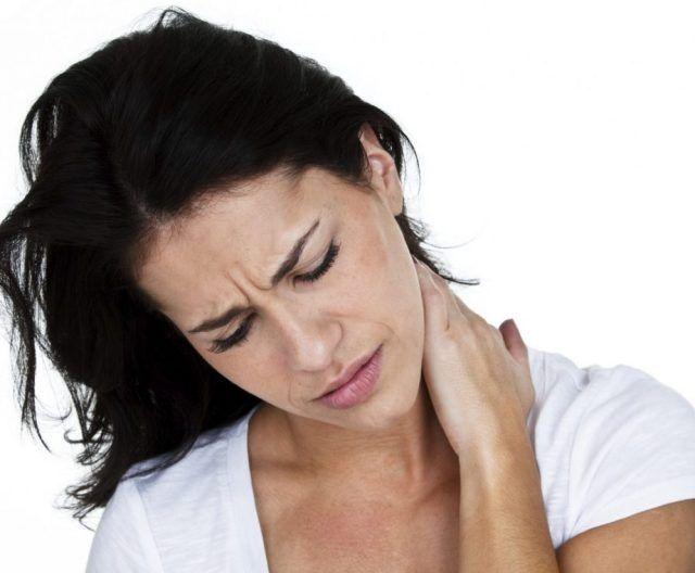 Почему болит папиллома и что делать при болях